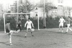 Match-de-Foot-entre-le-BRGM-et-SoFretu-CUDL.-Dans-les-buts-F-Windels-A-Chauvin-en-défense-sur-le-côté-J-G-Gaillard